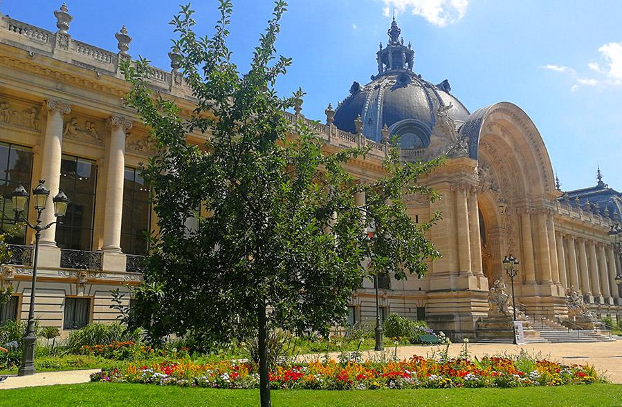 Petit Palais – Muzeum Sztuk Pięknych w klimacie Belle Epoque