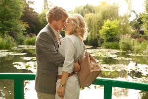 Kadr z filmu (w tle ogród posiadłości Clauda Moneta)