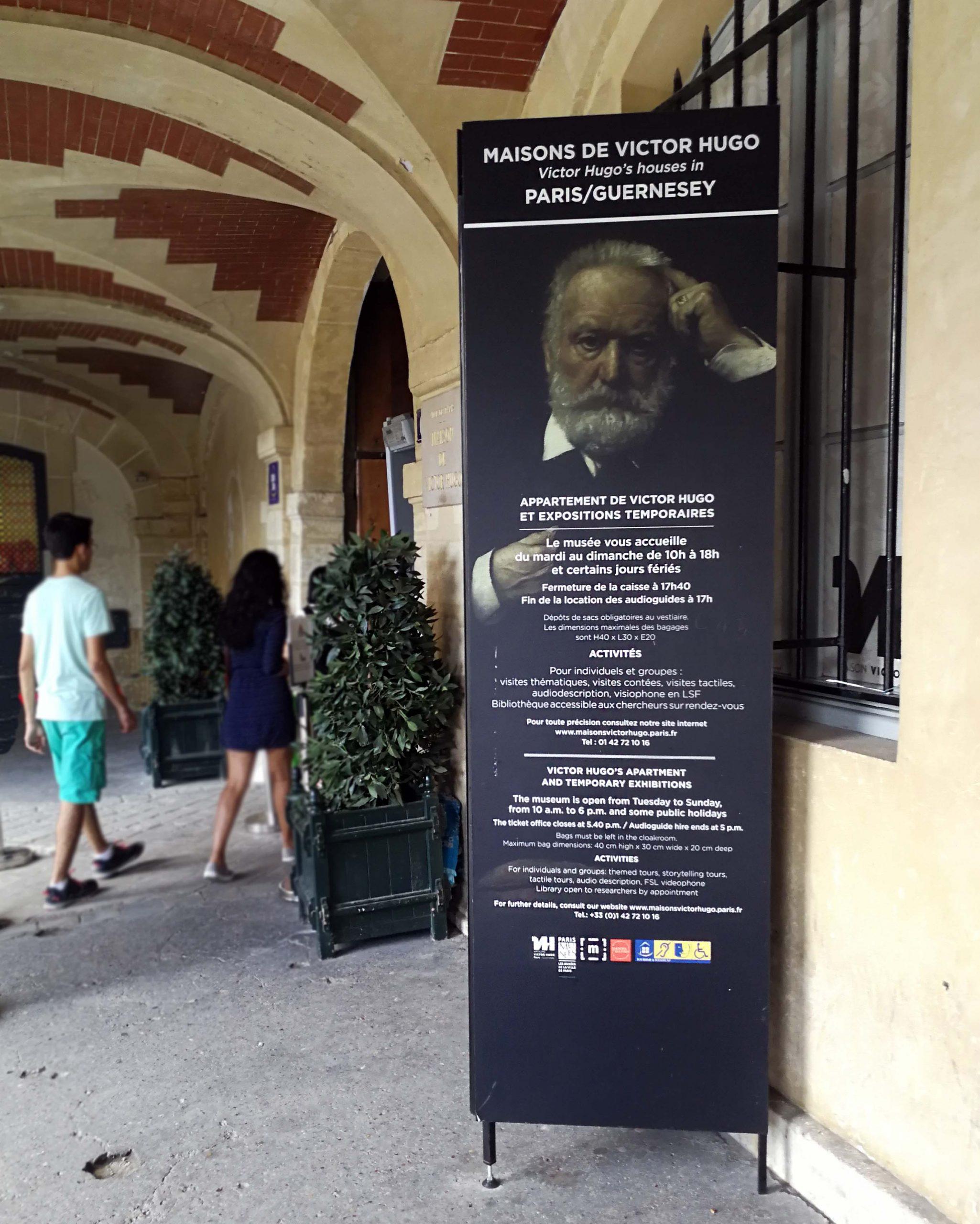Muzeum Victora Hugo – romatyczne wnętrza w zaułku Place des Vogeses
