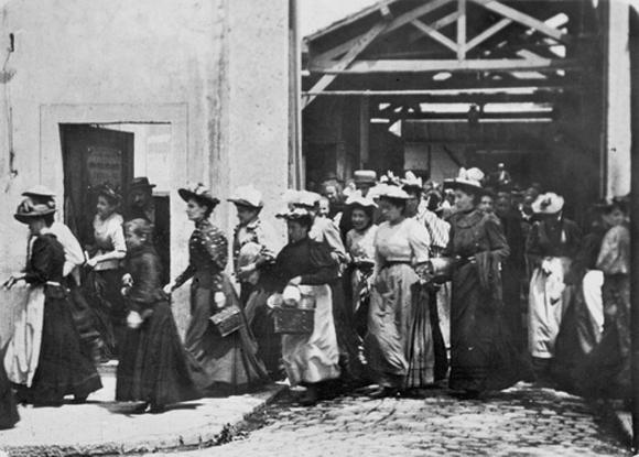 Wyjście robotników z fabryki bracia lumiere